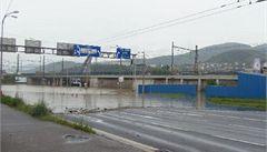 Vláda dala další půl miliardu na povodně. Opraví se za ni cesty