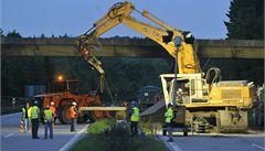 Na dálnici D1 u Jihlavy skončila uzavírka kvůli demolici mostu