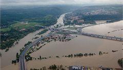 Povodeň z letadla. Podívejte se, jak voda pustoší Česko