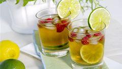 Co vás osvěží v horkých dnech? Zkuste ledové čaje