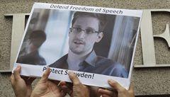 V USA zrádce, ve Švédsku hrdina. Snowden dostal cenu za lidská práva