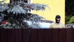 Razie pokračuje. Policie prohledala dům poradce ministrů Bendla a Kuby
