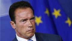 Terminátor Arnold Schwarzenegger navštívil na kole Prahu, líbila se mu