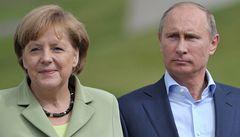 Dusno na výstavě v Petrohradě. Merkelová chtěla vrátit válečnou kořist
