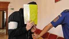 Exbodyguard Paroubka Štingl jde na 9 let za mříže, zneužíval děti