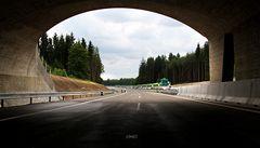 České dálnice by se měly stavět o pětinu levněji, říká NKÚ