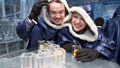 Eskymácké rukavice a bundy. V New Yorku otevřeli první ledový bar