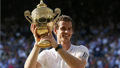 Británie se dočkala. Murray pro ni vybojoval titul ve Wimbledonu