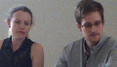 Snowden zatím zůstane v Rusku, možná požádá o občanství, tvrdí advokát