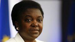 Vidím v ní orangutana, řekl italský senátor o černošské ministryni
