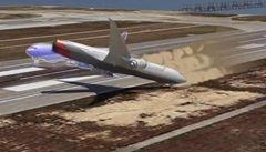 Podívejte se, jak havaroval Boeing 777 a jak chybovali piloti
