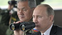 Putin přihlížel největším ruským manévrům od sovětských dob