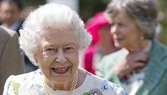 Rozdělené rodiny a sousedy spojí láska ke Skotsku, doufá královna Alžběta