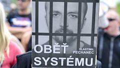 Soud propustil z vězení Pechance. Odpykával si trest za rasovou vraždu