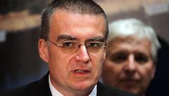 Co vám uniklo: 'čerstvý' mražený kebab i hyperaktivní ministr Žák