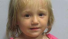Čí je nalezená dvouletá dívka? Otec ji nechal u bezdomovců