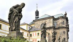 Tlučení kouhouta i cikáni. Kuks oživí o víkendu barokní divadlo a hudba