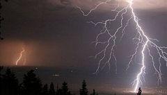 Do Česka dorazí bouřky