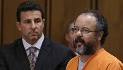 Únosce Castro se možná neúmyslně uškrtil při masturbaci