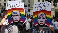 Zrušte homofobní zákon, žádají laureáti Nobelovy ceny Putina