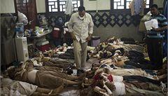 Káhirští lékaři: Lidé nám umírají pod rukama, mrtvé už nepočítáme