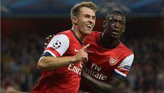 Arsenal hladce proklouzl do Ligy mistrů, postup slaví i Jun