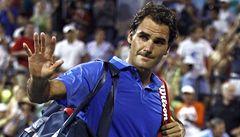 Federer po brzkém vyřazení: Chybí mi sebevědomí. Je to sebezničující