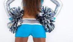 Nejnebezpečnější sport pro ženy? Roztleskávání, zjistili vědci