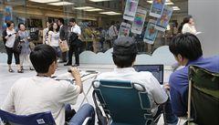 V Japonsku se tvoří fronty na nové iPhony. Týden před prodejem
