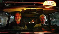 Dá-li Bůh aneb taxikáři z Káhiry jezdí revolucí