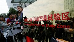 Laboratoř reforem? Čína otevřela v Šanghaji zónu volného obchodu