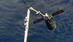 Loď Cygnus dorazila s týdenním zpožděním k ISS