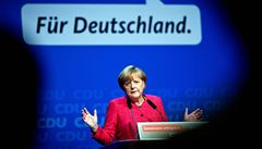 Merkelová slaví vítězství a sestavuje koalici, FDP pět procent nepřekročila