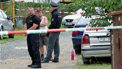 Další rodinná vražda? Jeden bratr zabil rodiče, druhého obvinili z vraždy
