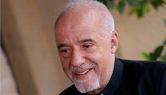 Autor bestsellerů Paulo Coelho bojkotuje největší knižní veletrh