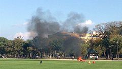 Ve washingtonském parku National Mall se zapálil muž. Zemřel