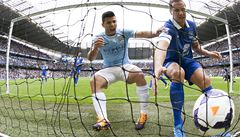 Manchester City jako první zdolal Everton, Liverpool vede ligu