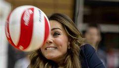 Vévodkyně Kate si v olympijském parku zahrála volejbal