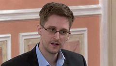 Americký režisér Stone natočí film o Snowdenovi