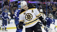 Útočník Krejčí pomohl dvěma asistencemi k výhře Bostonu Bruins