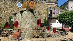 Největší sbírku vín mají v Moldávii. Víno tu teče proudem