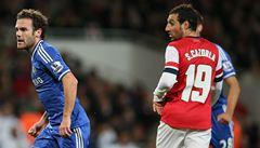 Chelsea v poháru porazila Arsenal 2:0, Kalas debutoval