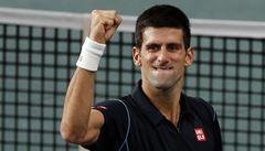 Souboj bývalých jedniček. Djokovič porazil Federera a je ve finále
