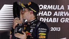Vettel už je mistrem světa. Přesto kraloval i ve Velké ceně Abú Zabí