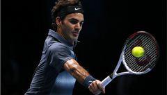 Djokovič má na Turnaji mistrů jistý postup, Federer udržel naději