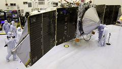 Sonda NASA míří luštit hádanku osudu vody a atmosféry Marsu