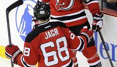 VIDEO: Skvělý Jágr. Jako osmý hráč v historii NHL dosáhl 1700 bodů