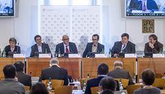 Češi se nezajímají o dění za hranicemi, znělo na konferenci LN