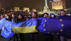 Ukrajina se vrací do náruče Moskvy. Tymošenková svolává lidi do ulic