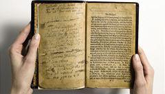 Kniha žalmů z roku 1640 se vydražila za rekordních 286 milionů korun